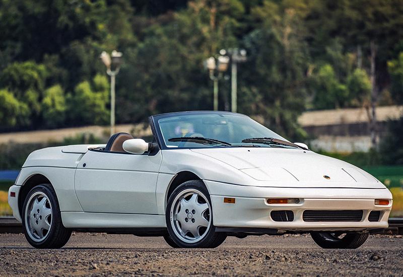 Спортивный автомобиль Lotus M100 Elan